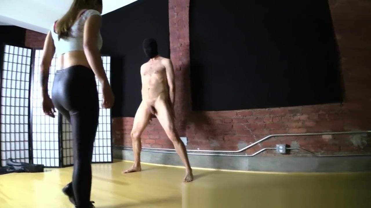Sasha Foxx - ballbusting video