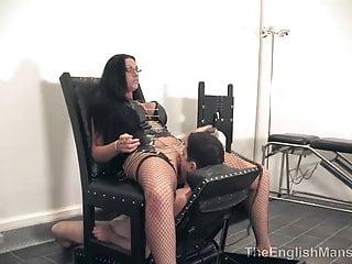 Mistress Pandora Motorised Smother CHair