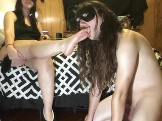 Dark Valentine: using my slave to worship my feet and ass
