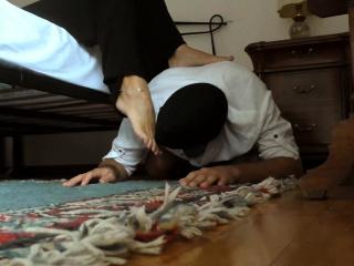 Mistress Ignore her sub Licking her Feet - Mistress Kym