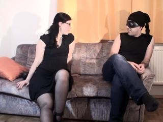 Goddess Gloria teach her new slave maskjoe