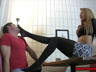 Marina Angel, Ballbusting Waitress